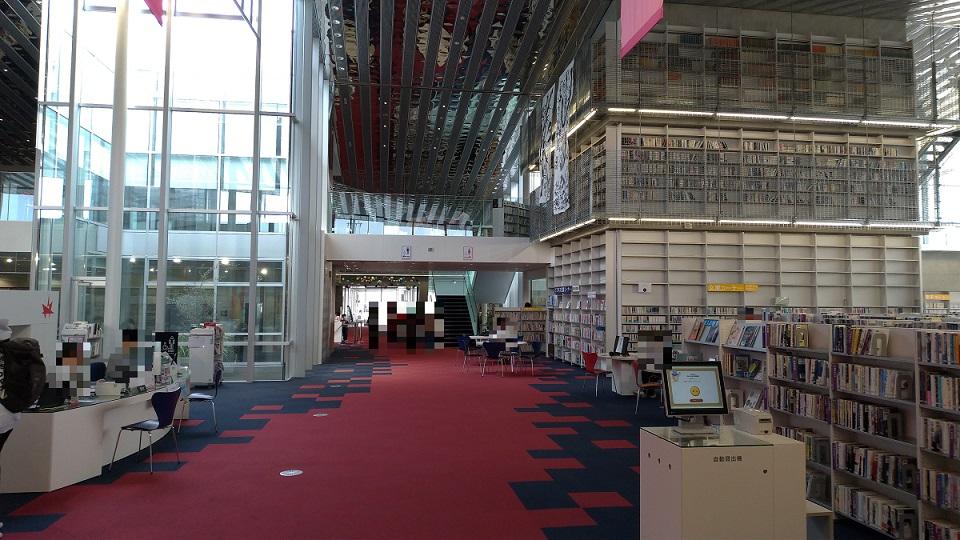 野々市市立図書館カレード1